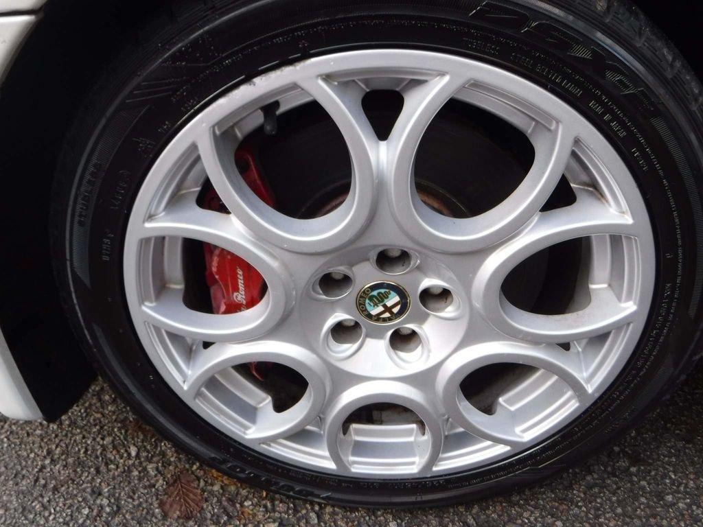 2004 Alfa Romeo 147 3.2 GTA 3dr NUVELLO BIANCO **RARE** For Sale (picture 5 of 6)
