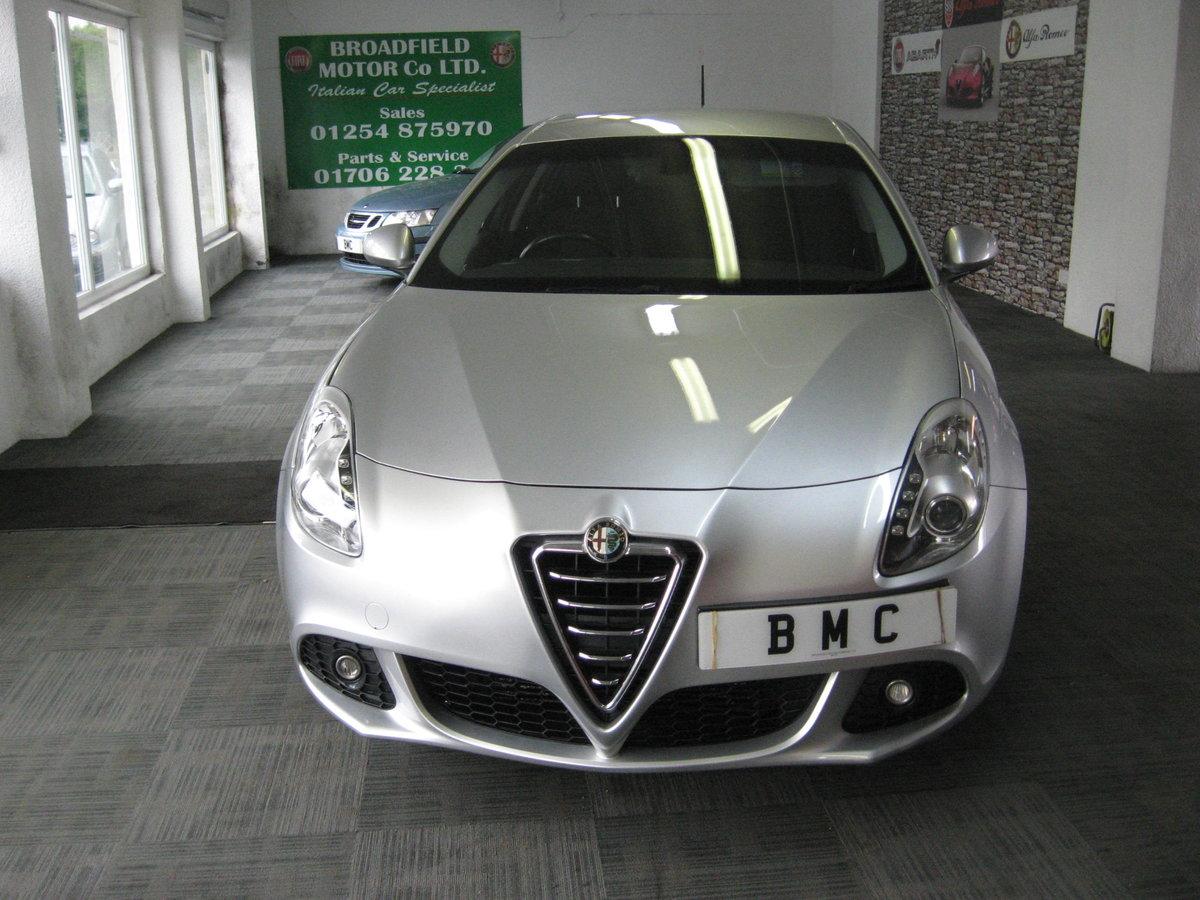 2012 12-reg Alfa Romeo Giulietta 1.6 JTDm-2 105 bhp Lusso  For Sale (picture 1 of 6)