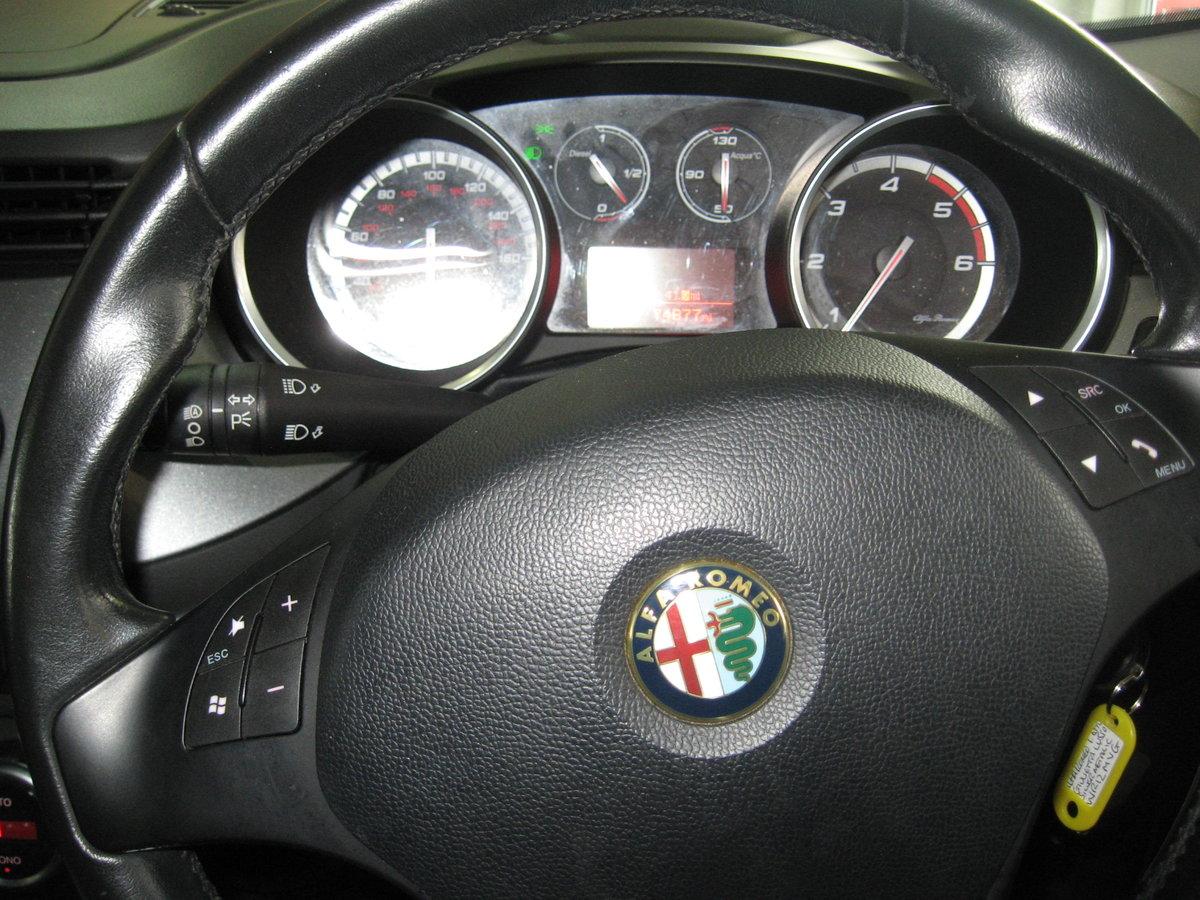 2012 12-reg Alfa Romeo Giulietta 1.6 JTDm-2 105 bhp Lusso  For Sale (picture 5 of 6)