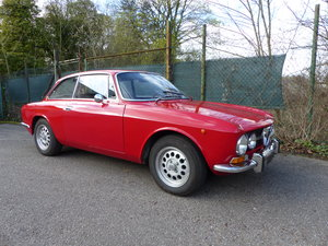 Picture of 1971 AlfaRomeo GTV 1750 Bertone matching numbers German documents SOLD