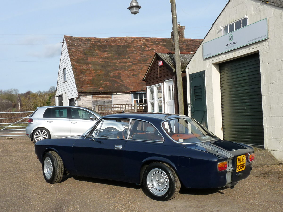 1975 Alfa Romeo GT 105 Coupe, 2.0 litre Twin Spark fitted For Sale (picture 6 of 6)