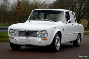Picture of 1967 Alfa Romeo Giulia TI Super recreation with 2 litre engine For Sale
