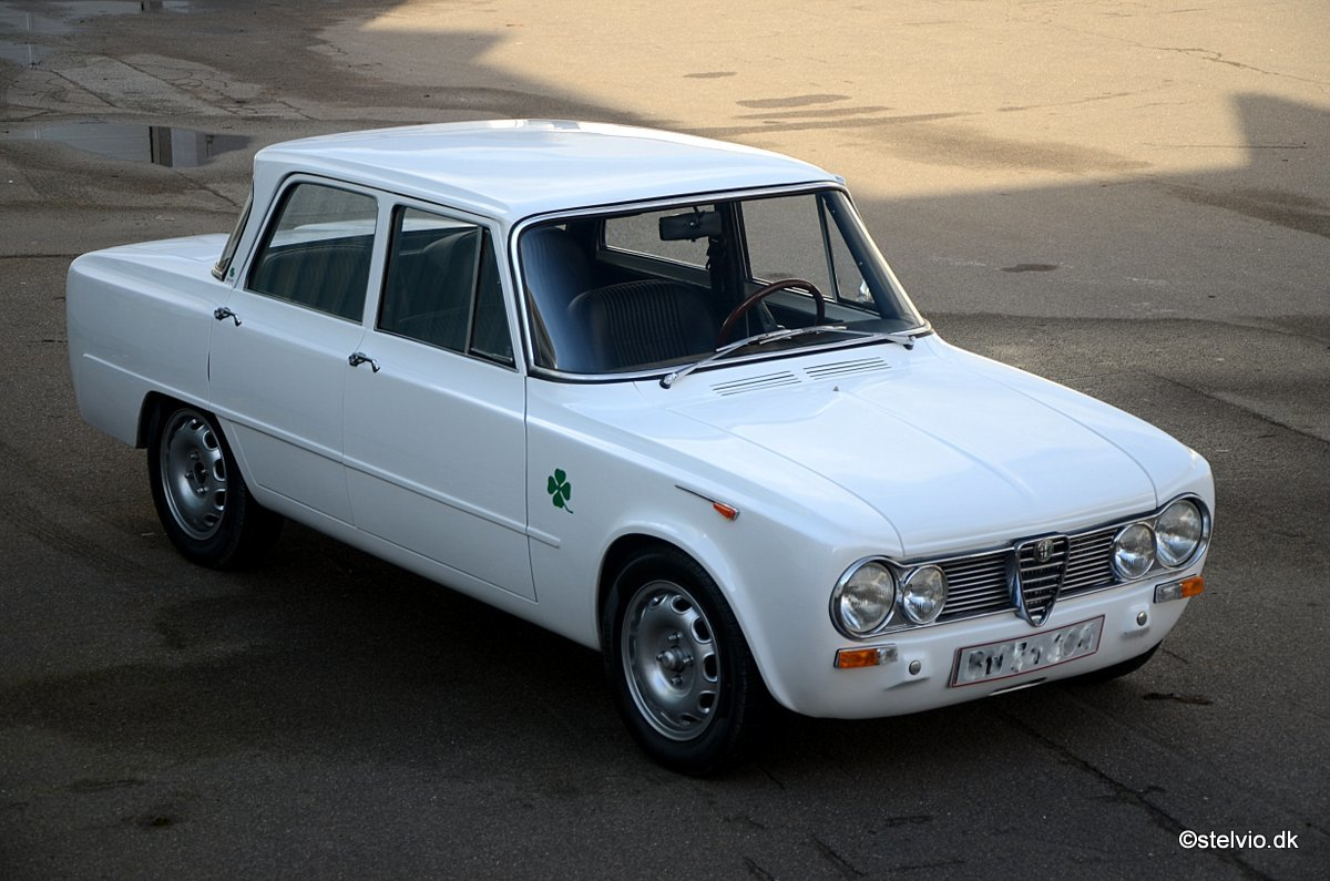 1967 Alfa Romeo Giulia TI Super recreation with 2 litre engine For Sale (picture 3 of 6)