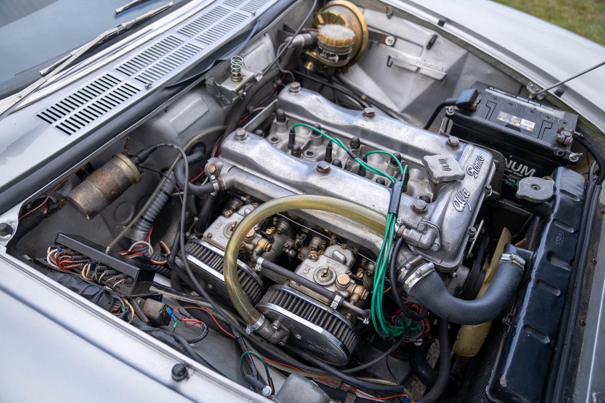 1967 Alfa Romeo Duetto Spider - ex- Harry Metcalfe SOLD (picture 5 of 6)