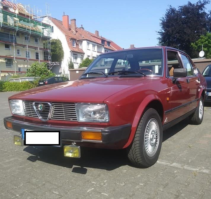 1982 Alfa Romeo Alfetta 2.0  driving on rails For Sale (picture 2 of 6)