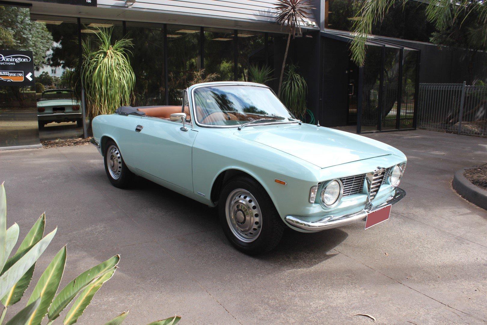 Alfa Romeo Giulia G.T.C Convertible 1966 For Sale (picture 1 of 6)
