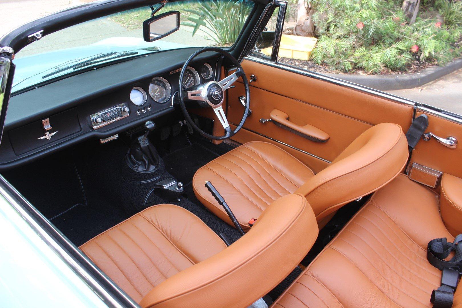 Alfa Romeo Giulia G.T.C Convertible 1966 For Sale (picture 4 of 6)