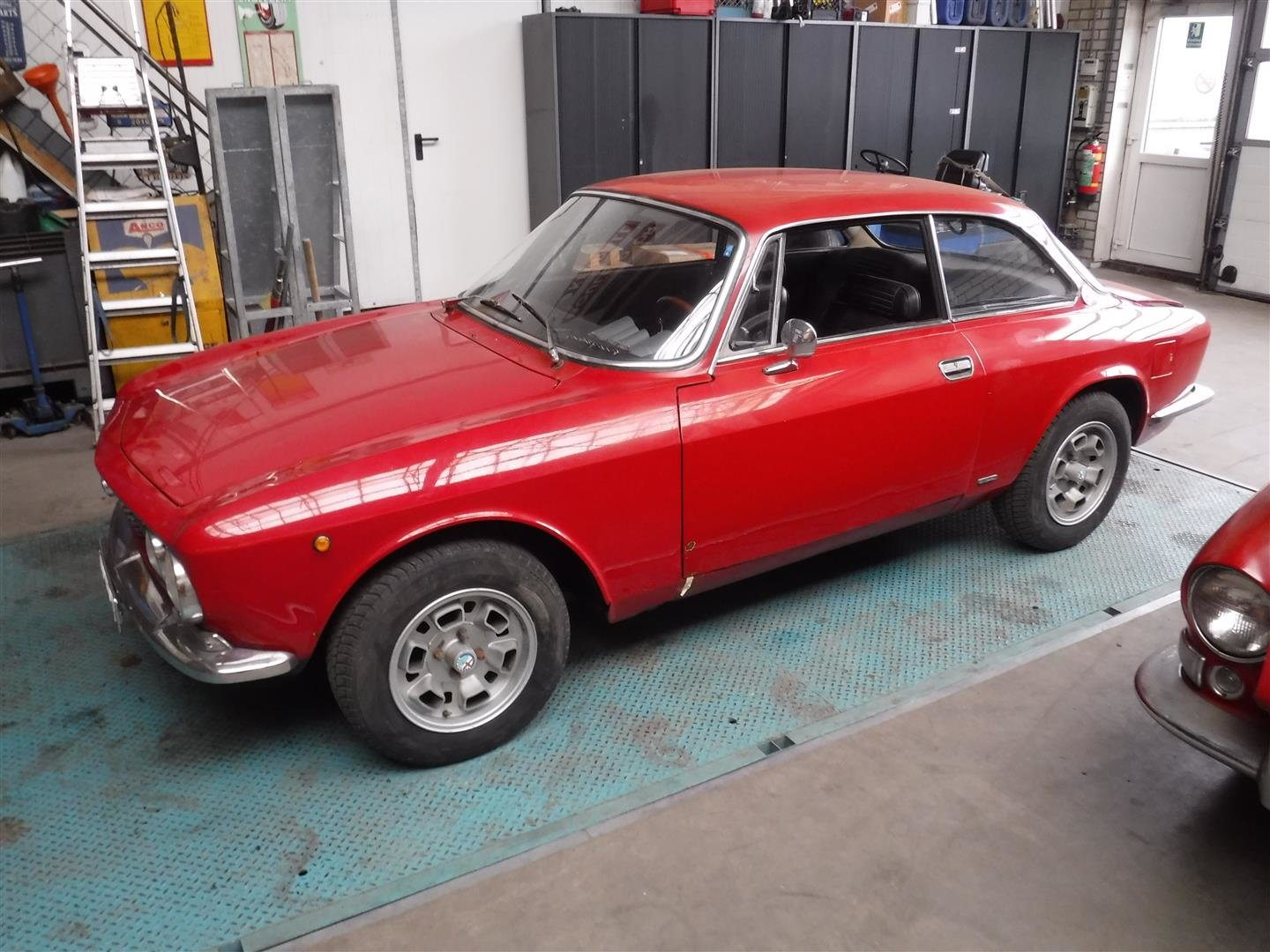 Alfa Romeo 1300 GT Jr 1975 For Sale (picture 1 of 6)
