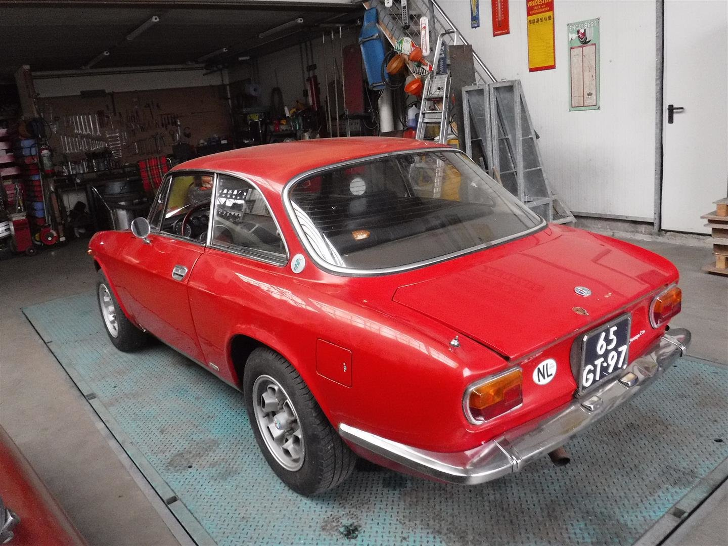 Alfa Romeo 1300 GT Jr 1975 For Sale (picture 3 of 6)