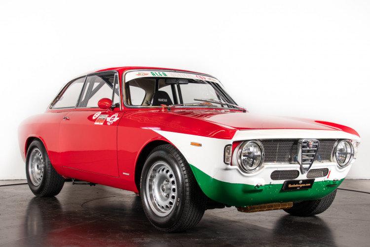 """Alfa Romeo Giulia Sprint GTA """"Corsa"""" - 1965 For Sale (picture 1 of 6)"""