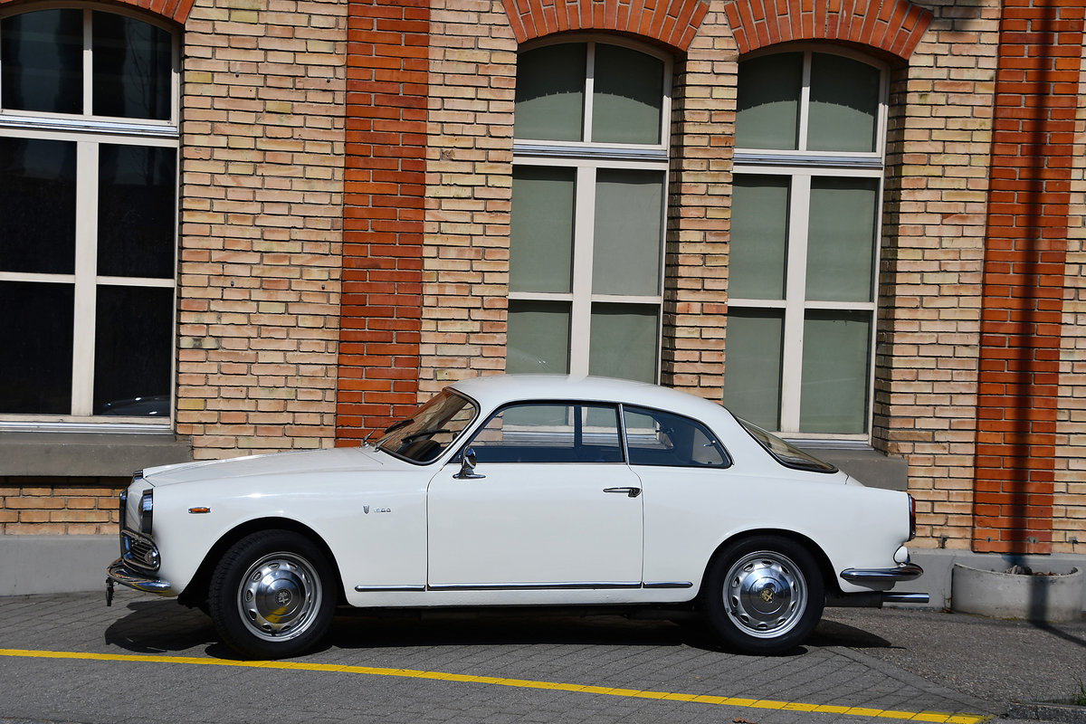 1963 Restored a number of years ago For Sale (picture 4 of 6)