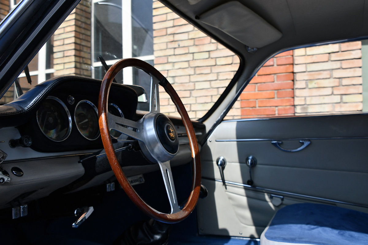 1963 Restored a number of years ago For Sale (picture 5 of 6)