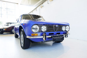 Picture of 1974 Stunning, numbers matching AUS del. 2000 GTV 9,735 mls SOLD