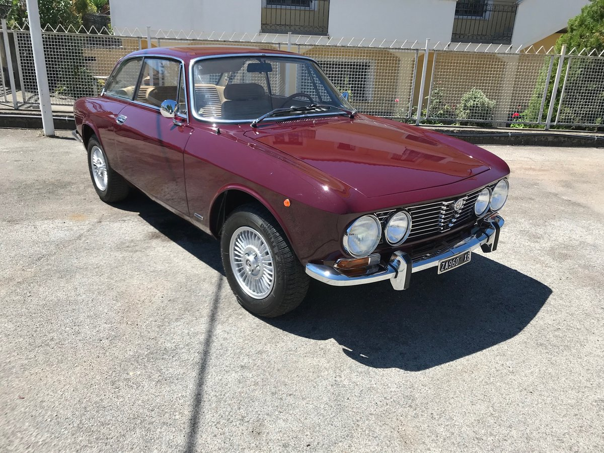 1972 Alfa Romeo GT 2000 Veloce For Sale (picture 1 of 6)