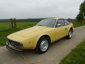 Alfa Romeo Junior Zagato GT 1300 - rare, original interior