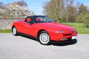 1998 98/S Alfa Romeo Spider 2.0 Twin Spark - 31k - 3 owners - FSH SOLD