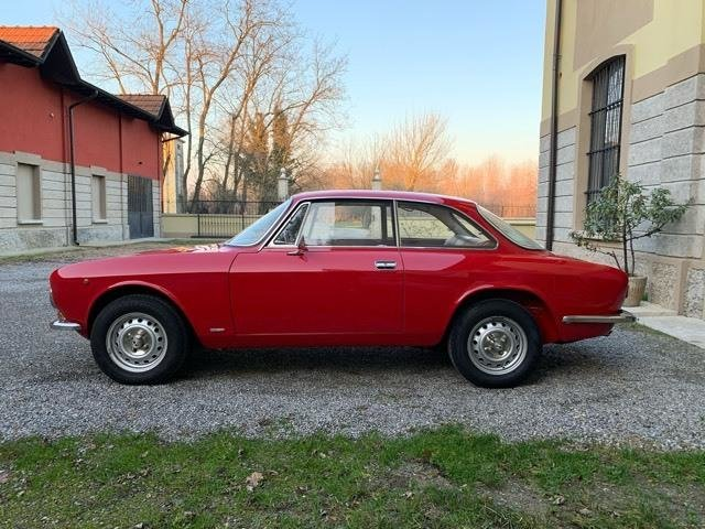 1973 ALFA ROMEO GT 1300 JUNIOR FOR SALE  For Sale (picture 2 of 4)
