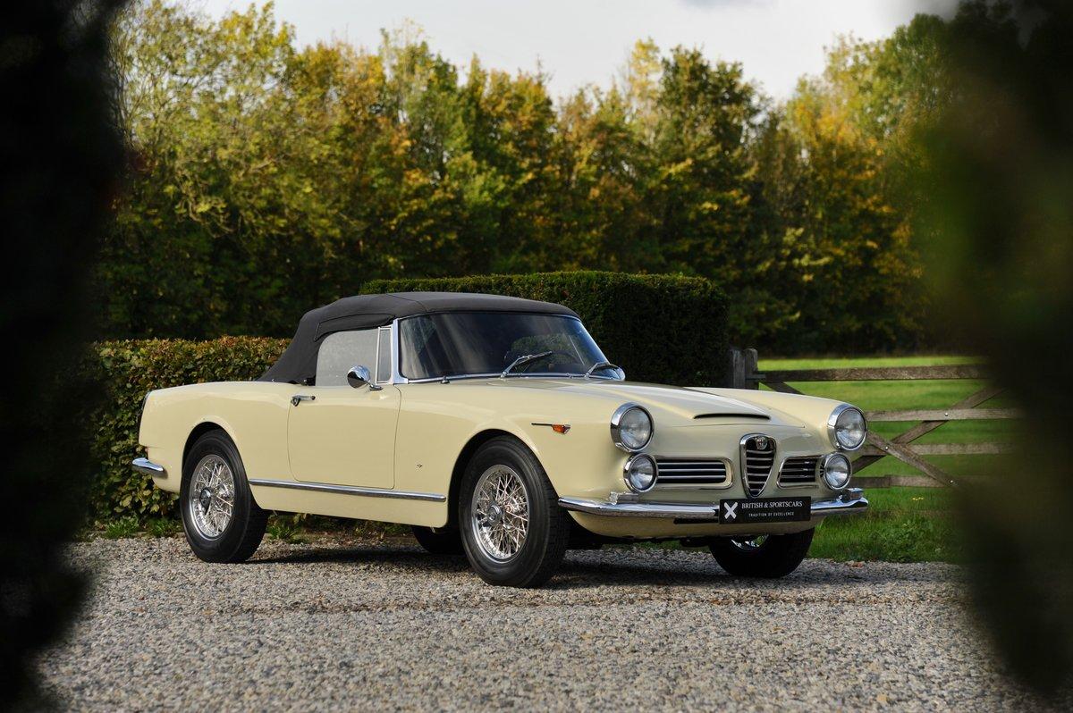 1963 Alfa Romeo 2600 Spider For Sale (picture 1 of 6)