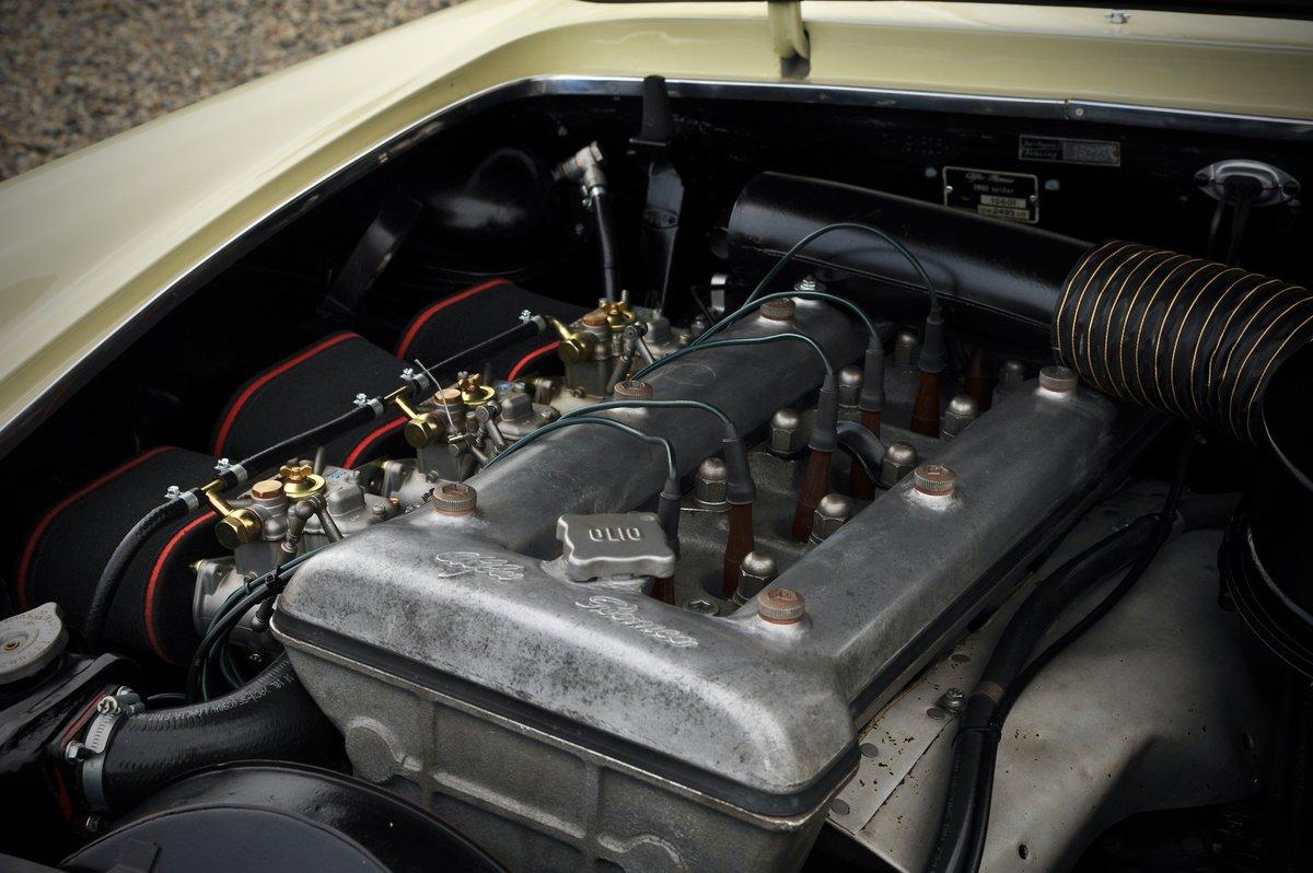 1963 Alfa Romeo 2600 Spider For Sale (picture 6 of 6)