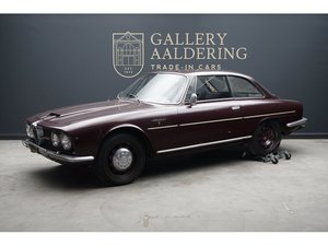 Picture of 1963 Alfa Romeo 2600 Sprint California black plate car, very orig