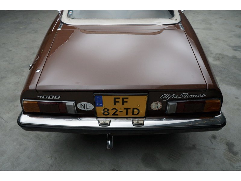 1979 Alfa Romeo Spider 1600 two owners, original Dutch delivered  For Sale (picture 6 of 6)