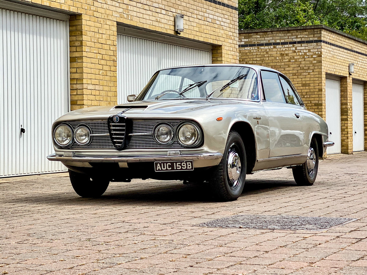 Alfa Romeo 2600 Sprint GT 1964 RHD SOLD (picture 1 of 6)