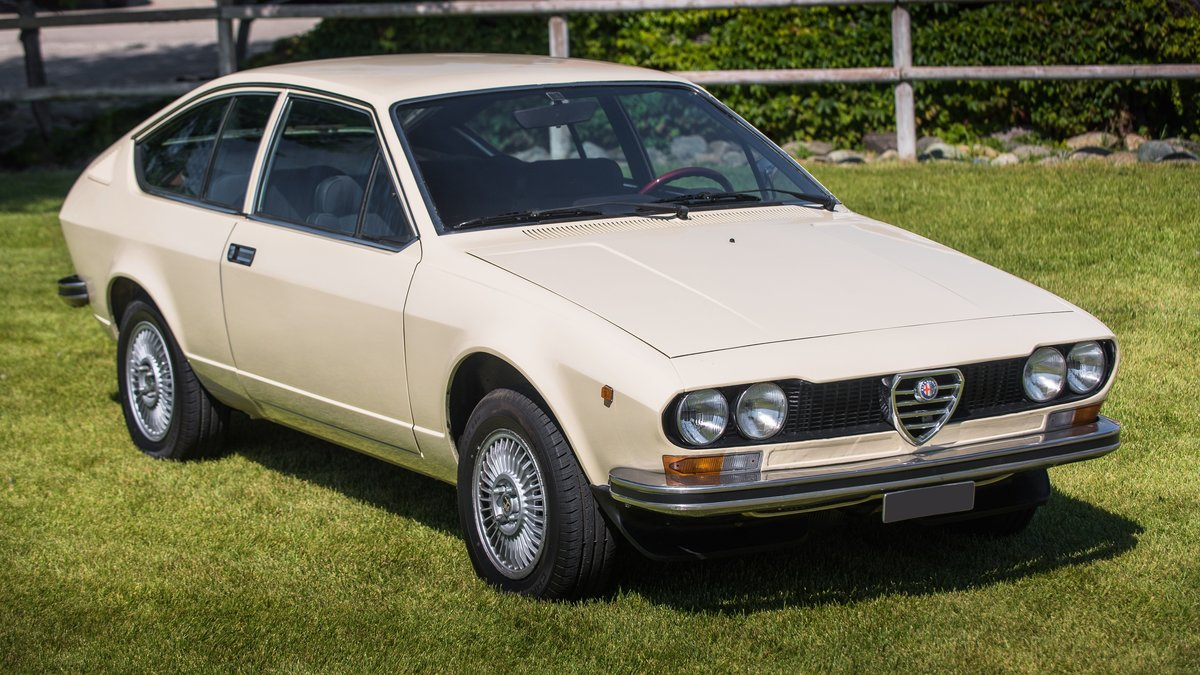 1975 Alfa Romeo Alfetta GT 1800 No reserve For Sale by Auction (picture 1 of 6)