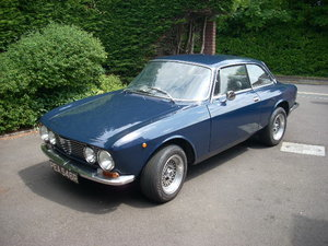 ALFA ROMEO gt junior 1600 dutch blue