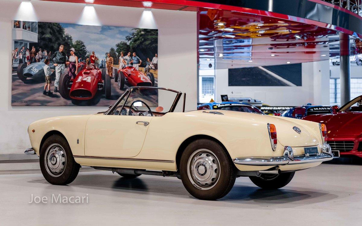1963 Alfa Romeo Giulia Spider For Sale (picture 7 of 14)
