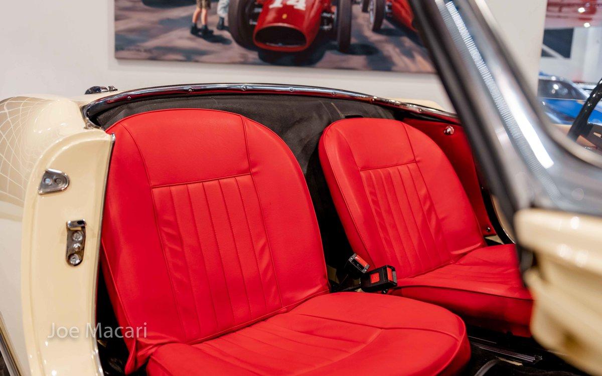 1963 Alfa Romeo Giulia Spider For Sale (picture 9 of 14)