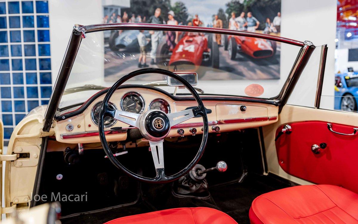 1963 Alfa Romeo Giulia Spider For Sale (picture 10 of 14)