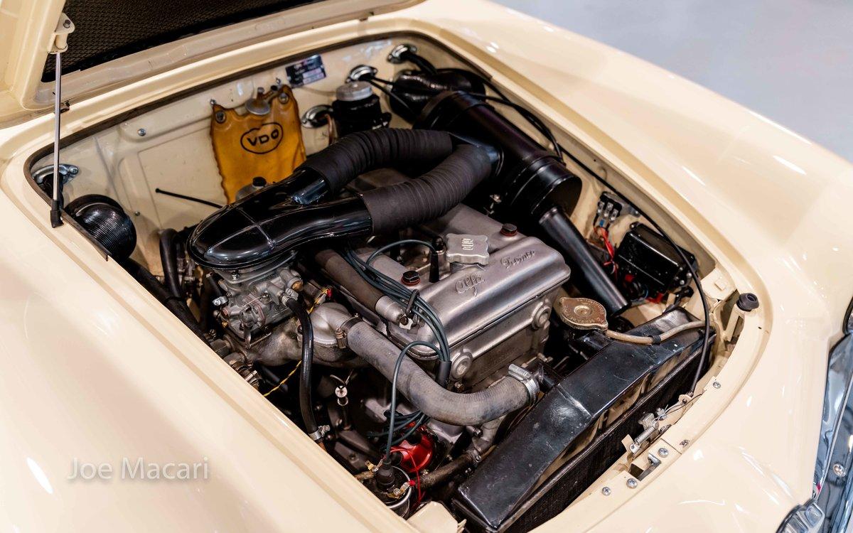 1963 Alfa Romeo Giulia Spider For Sale (picture 13 of 14)