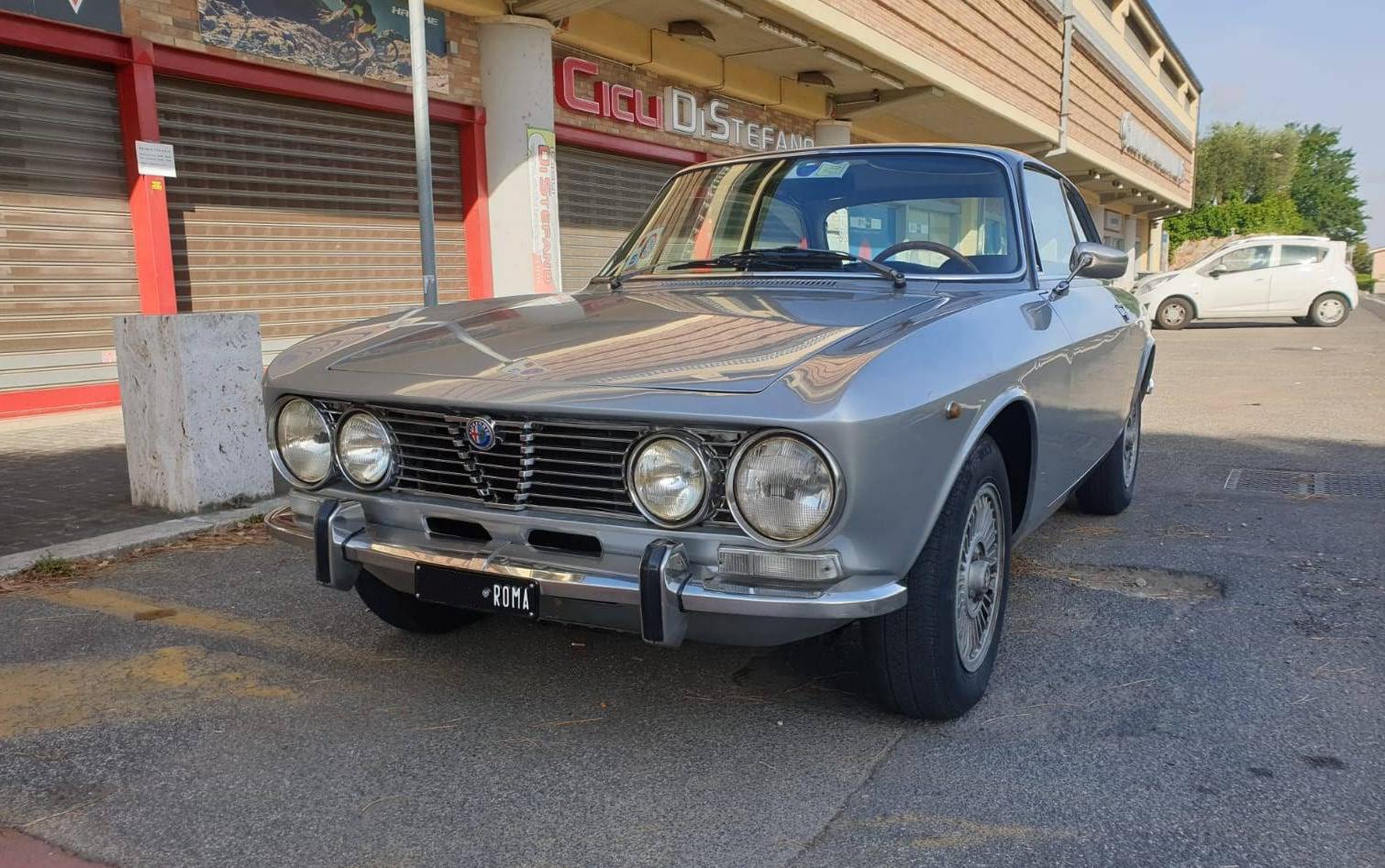 1972 Alfa Romeo 2000 GT Veloce 1973 For Sale (picture 1 of 6)