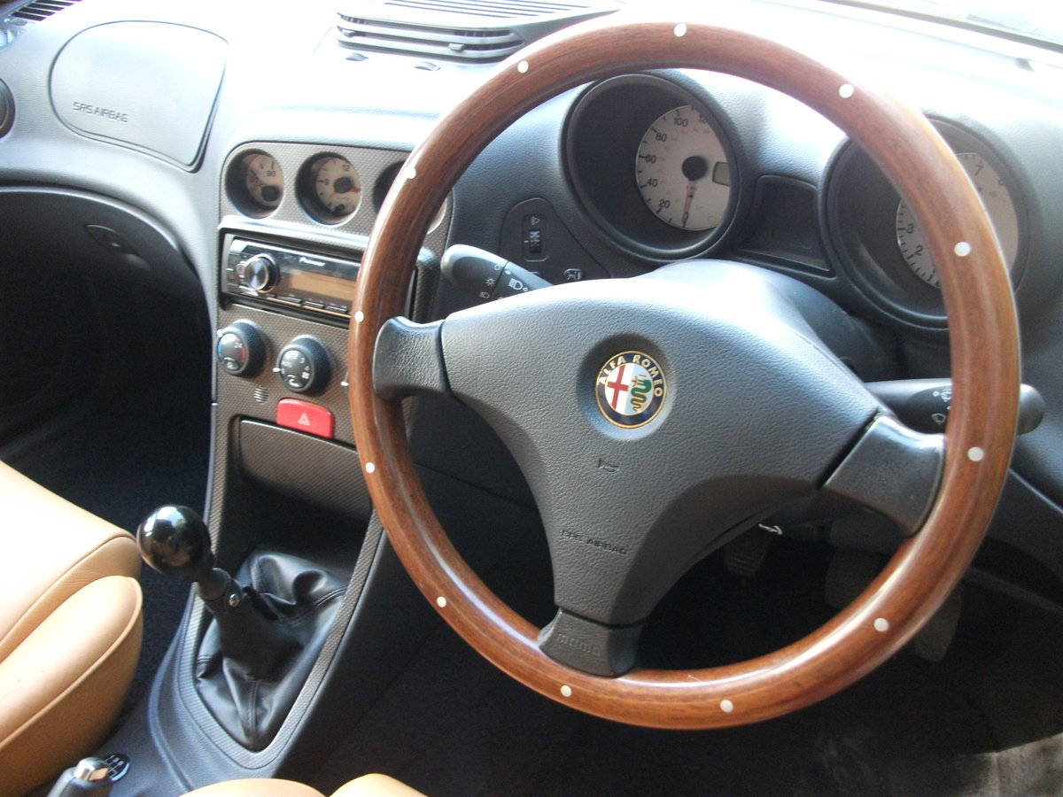 2000 Alfa Romeo 156 2.5 V6. 82,000 miles. New cambelt and clutch SOLD (picture 6 of 6)