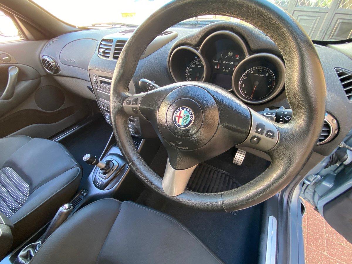 2004 ALFA ROMEO 147 GTA FUTURE CLASSIC 3.2 V6 AUTO * RARE AZZURRO For Sale (picture 5 of 6)