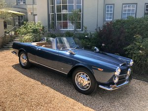 Alfa Romeo 2600 Spider by Touring of Milan