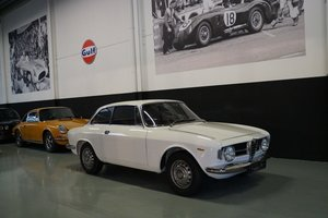 ALFA ROMEO GT 1300 junior (1967)