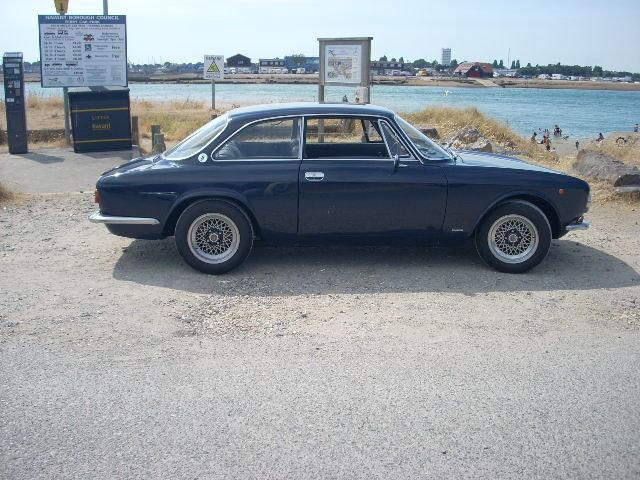 1976 ALFA ROMEO gt junior 1600 dutch blu Reduced £18500 For Sale (picture 3 of 6)