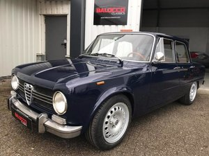 Alfa Romeo Giulia 1300 Super 1972 one of the best!!