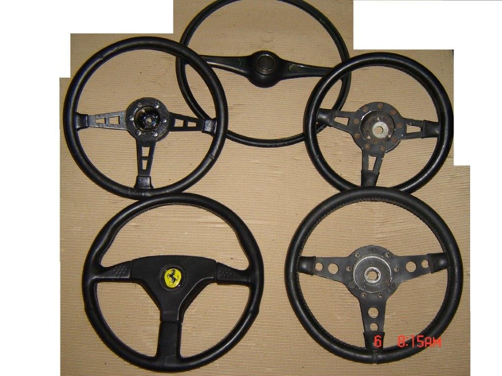 Nice Collection of Beautiful Old STEERING WHEELS For Sale (picture 2 of 6)