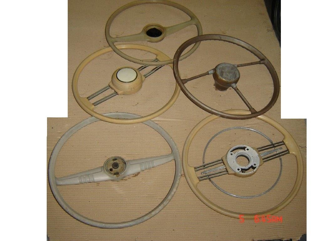 Nice Collection of Beautiful Old STEERING WHEELS For Sale (picture 6 of 6)