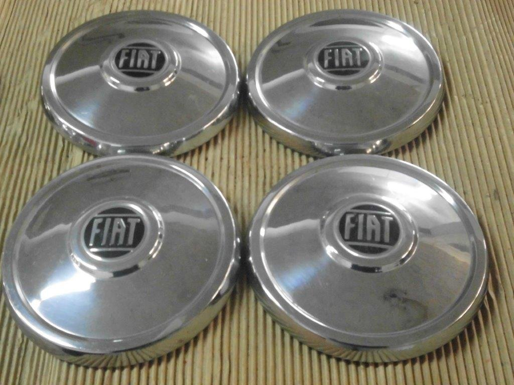 Fiat Hubcaps, DINO, 130, 2300 S, 500, 850, 124.... For Sale (picture 1 of 6)