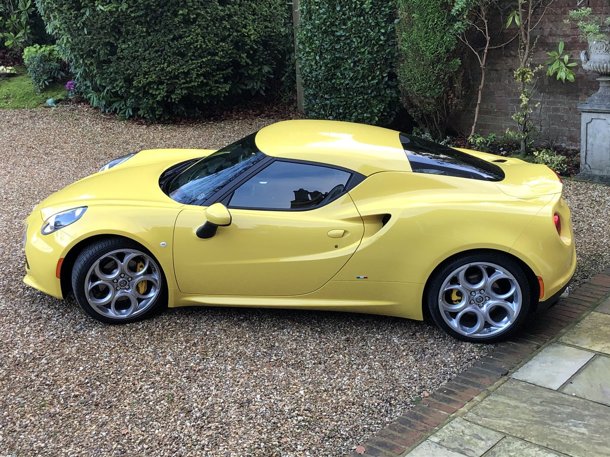 2017 Alfa Romeo 4c like new 2000 miles SOLD (picture 5 of 6)