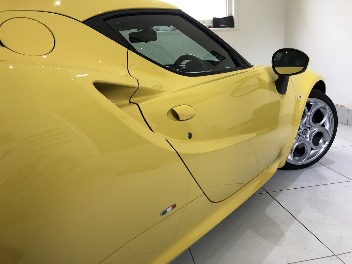 2017 Alfa Romeo 4c like new 2000 miles SOLD (picture 6 of 6)