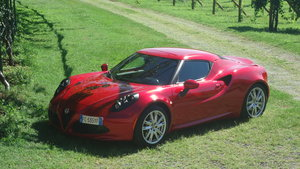 2016 Beatiful Alfa Romeo 4C Coupè perfect!