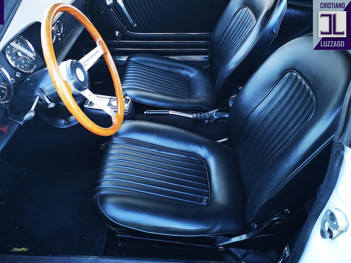 1968 ALFA ROMEO SPIDER VELOCE 1750 LONG TAIL For Sale (picture 3 of 6)