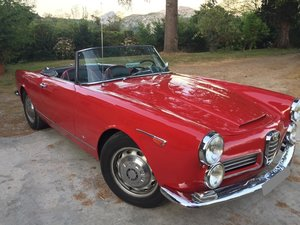 Picture of 1964 LHD-Alfa Romeo 2000 Spider Touring (Matching)