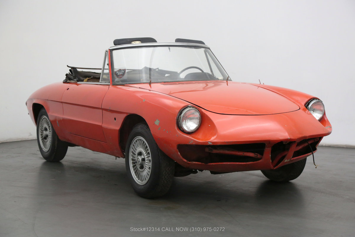1967 Alfa Romeo Giulia Spider Duetto For Sale (picture 1 of 6)