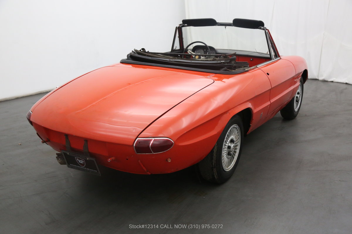 1967 Alfa Romeo Giulia Spider Duetto For Sale (picture 3 of 6)