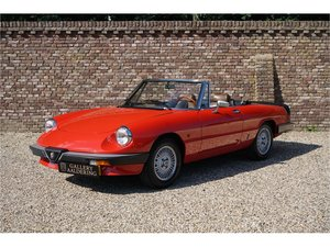 1983 Alfa Romeo Spider 2.0 Veloce Very nice condition, 2.0 engine For Sale